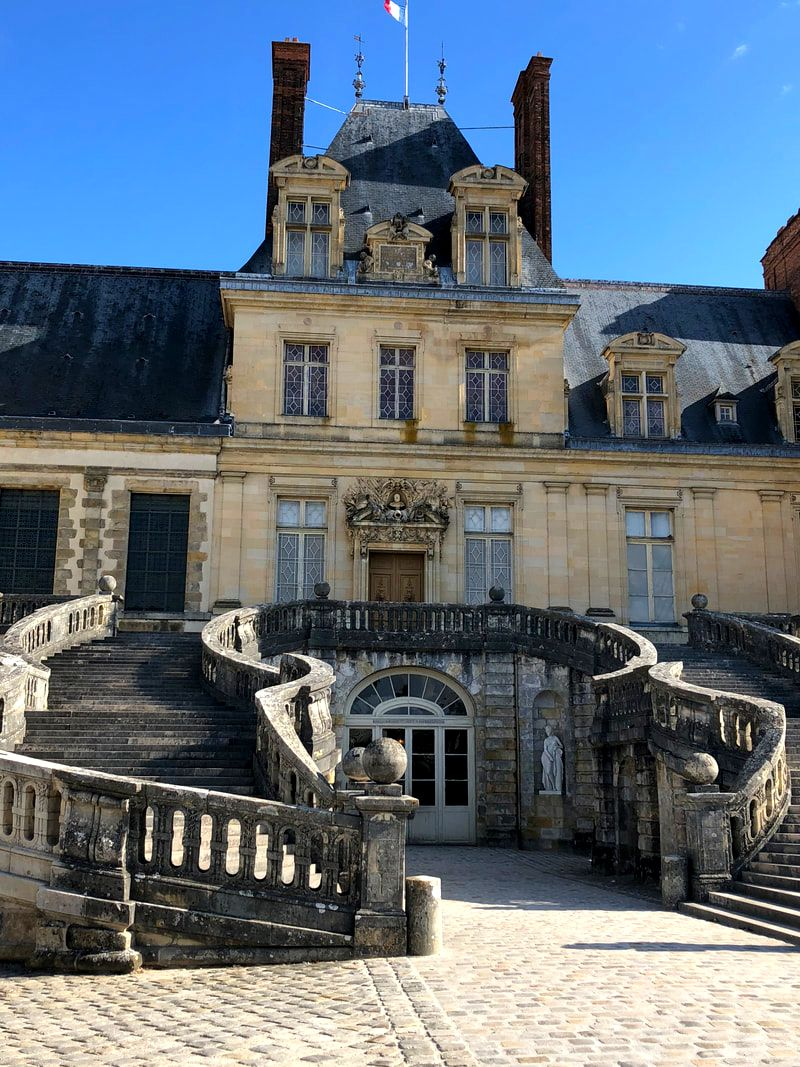 Chateau de Fontainebleau, former main entrance