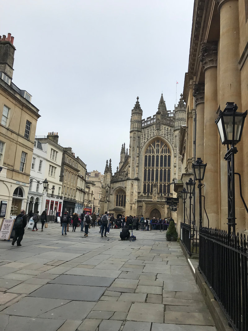 Bath Abbey exterior and surrounding plaza. A Day Trip to Bath from London.